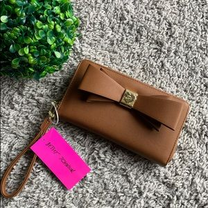 Betsey Johnson wallet with bow